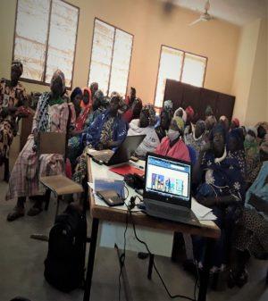 Cross-section of participants. Photo credit: Benoit Goveyi, (Intern- ICRISAT Mali), December 2020